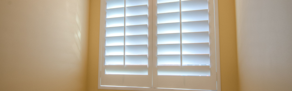 Bathtub Window Shutters